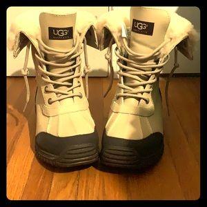 UGG Adirondack II Boots (Sand) Womans size 7